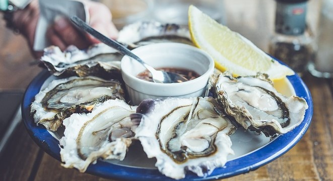 Oysters Keto Friendly Oyster Ketogenic Ketoask Keto Ask Keto Diet Guide Browser Keto Food Search